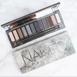 🆕 Urban Decay NAKED EYE SMOKY PALETTE